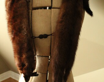 Four Pelt Mink Stole with Clips, Snaps