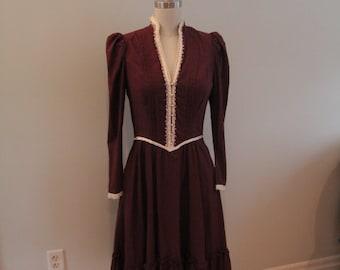 1980s does Victorian Gunne Sax Dress