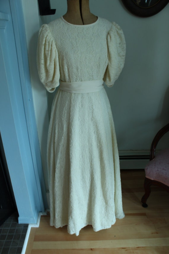 1940's Lace Wedding Dress With Puffed Sleeves