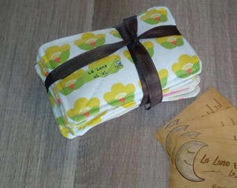 Set of 10 large organic cotton flannel wipes.