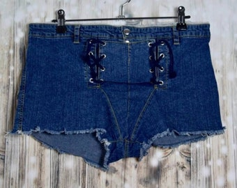 P_006) Vintage Denim Short