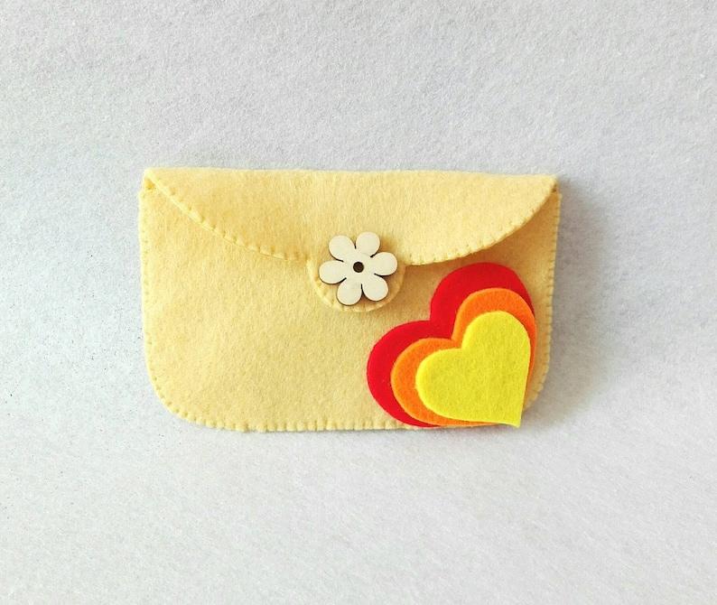 Felt coin purse with hearts