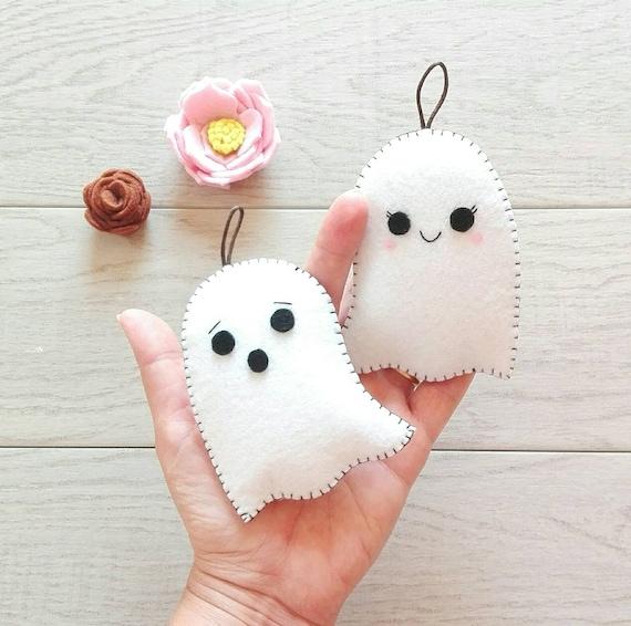 Coppia di fantasmini per Halloween in feltro