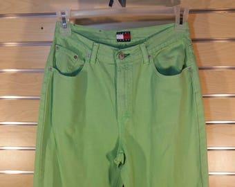 Rare Vintage 90   s Tommy Hilfiger rétro clair Jeans vert 31b981eb30e3