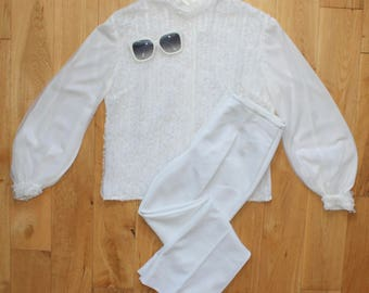 Amazing True Vintage 60s White Frilly Ruffled Front Top Long Sleeved Blouse Uk Size 14/16
