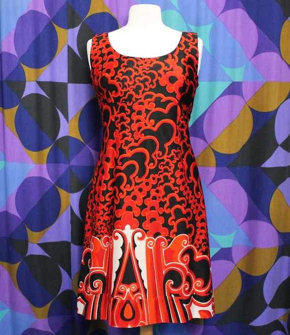 Gorgeous Vintage 60s Handmade Black, Red and White
