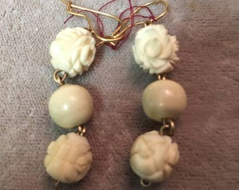 Vintage hanging earrings with coral