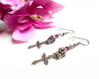 Earrings skull and cross with a Pearl and fuchsia Swarovski Crystal rhinestones
