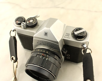 Vintage Pentax 35mm SP 500 Camera with 3 Lenses, Light Meter, Flash, Box, Carrying Case