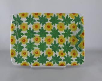 Hand painted Daisy Ceramic Platter