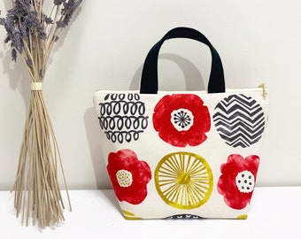 Regular Insulated lunch bag/project bag/knitting bag/floral print/large lunch bag/japanese fabric/cool bag/water resistant