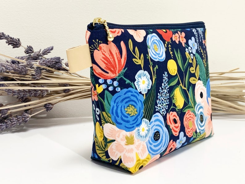 Floral print zipper pouch with leather tag/cotton and steel image 0