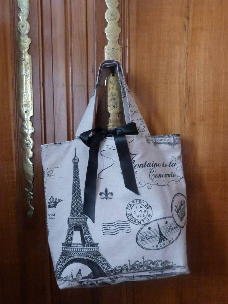 e02caea96461 Vintage women Tote beige linen fabric bag worn Paris Tour