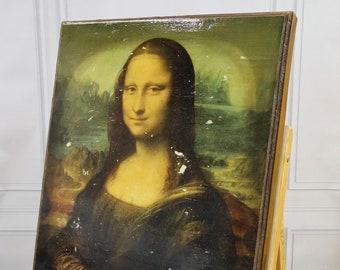 Mona Lisa (by Leonardo Da Vinci)
