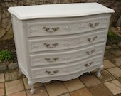 Louis XV Dresser bent Birch painted weathered gray, 4 drawers