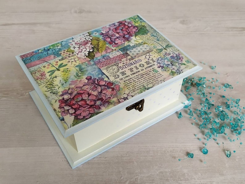Gift For Her Memories Box Decorative Jewelry Box Home Decor Decoupage Keepsake Box With Hydrangea Motif Wooden Jewelry Chest