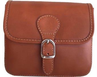 Women's leather shoulder bag, vintage style
