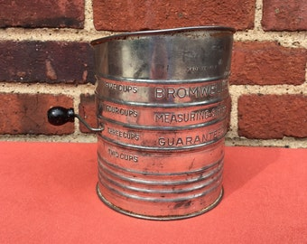 Vintage Bromwell's Five Cup Tin Flour Sifter