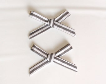 Straight Line to Spring Pigtail Bows--Gray and white pigtail bows