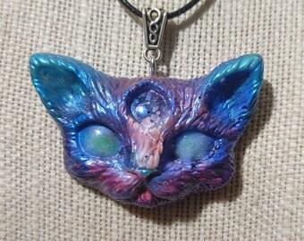 MatLou Craft Fuchsia Blue Glow, color shift, Third eye kitty fantasy Pendant