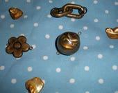 Bronze round flower, ring...