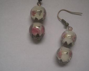Pink and white Murano beads earrings
