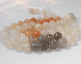 Set of 2 6 mm genuine Moonstone beads. (PDL6mm)
