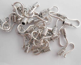 Column colors silver aged 18 x 9 mm hook clasps. (9273472)