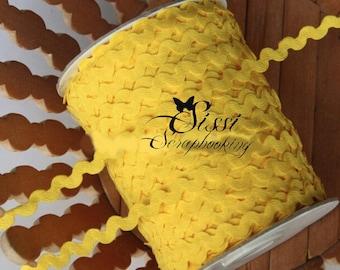 LOT 5M Ribbon CROQUET SERPENTINE SCRAP sewing SCRAPBOOKING 10mm dark yellow Rickrack trim