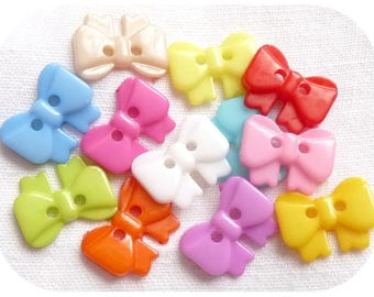 BUTTONS 10 MULTICOLORED Scrapbook SCRAP sewing baby bow