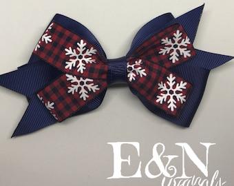 Snowflake hair bow - snowflake bow - winter hair bow - winter bow - Christmas hair bow - Christmas bow - holiday hair bow - holiday bow