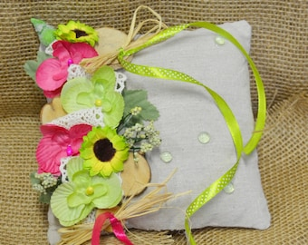 Pillow your natural anise and fuchsia