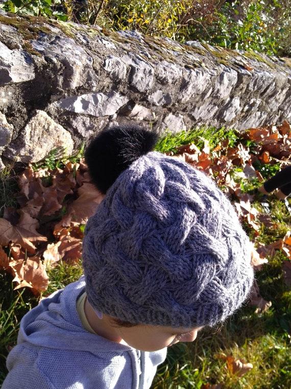 Bonnet tricoté main au point de vannerie pour enfant de 5 6   Etsy aeed674d2f4