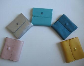 Pouch for protective masks, storage masks, pocket reserve of masks, imitation leather, skaï, color to choose from