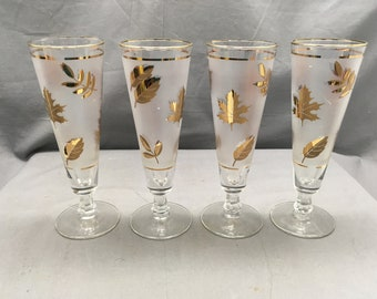 a6e0039e8643 Set of 4 Mid Century Frosted   Gold Flat Champagne Fluted Glasses Frosted  Background w  Gold Leaves Barware Fall