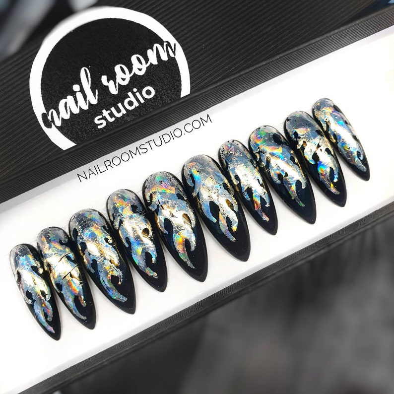 10 false nails  holographic silver glossy and multicolor image 0