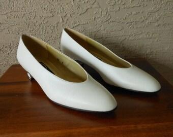 c578888f3386d Secretary shoe   Etsy
