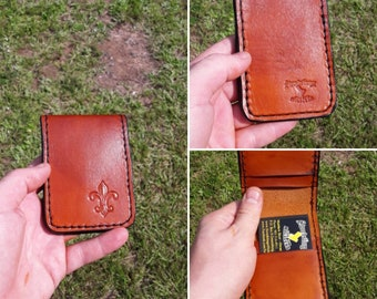 Fleur-de-Lis - 4-Slot Minimalist Wallet