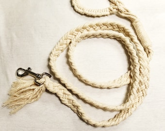 Beautiful macrame pet leash!
