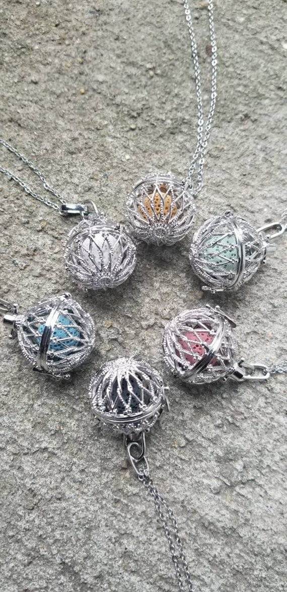 Tree of Life Essential Oil Diffuser Locket Pendant Necklace with Volcanic Beads