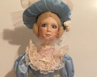 """17"""" SOUTHERN BELLE Porcelain Doll By Arlene Siegel Parade of American Fashion"""