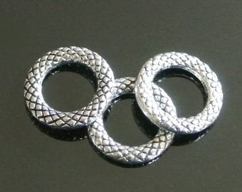Set of 6 rings closed pattern scales in antique silver, 14 mm diameter, hole 8.2 mm.