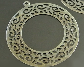 Pair of bronze filigree pendant rounds motives arabesques, 58 x 63 mm