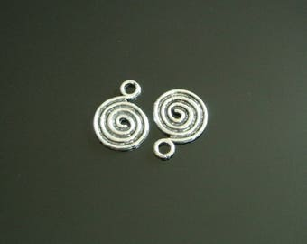 Set of 6 Silver boho dangle charms in the shape of spiral, 17 x 13 mm antique silver metal, hanging hole: 3 mm
