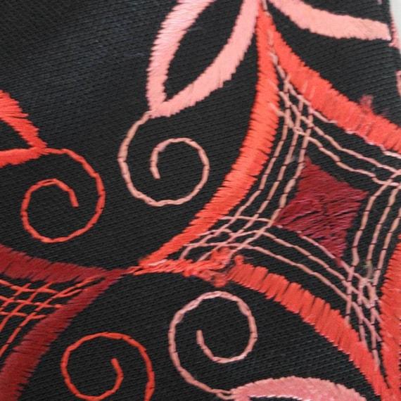 Vintage 60s/70s Berkshire Embroidered Dress - image 8