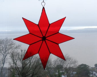 Large 8 pointed red star