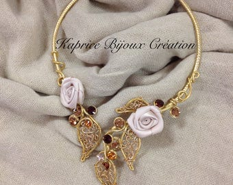 champagne metal lace, Flower necklace