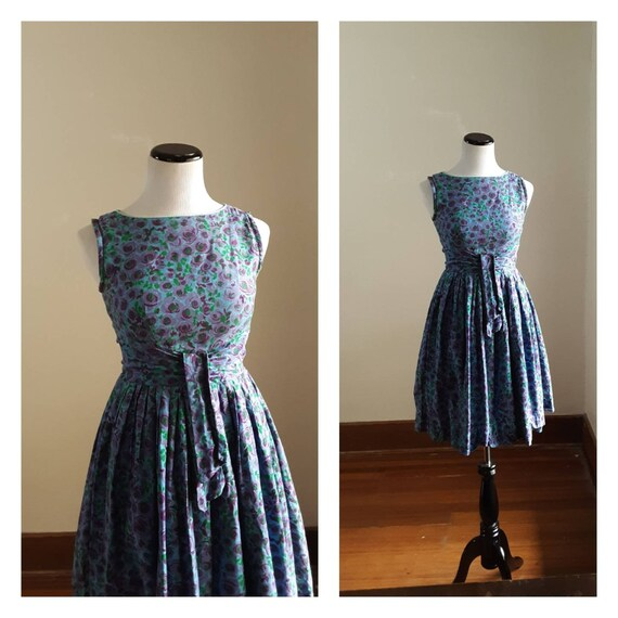 1960s floral dress / 60s day dress / blue 60s dres