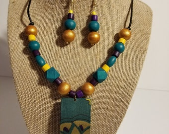 Turquoise and gold necklace & earring set