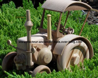 """TRACTOR wooden """"LANZ"""" with a cabin"""